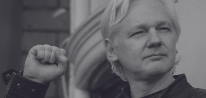 Julian Assange za zdaj ostaja v Združenem kraljestvu